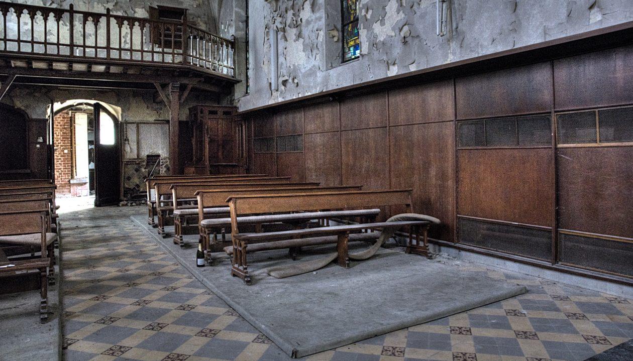 HDR Abandoned Kirche Agnus Dei