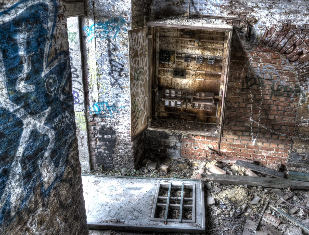 urban decay - Kaserne in Belgien