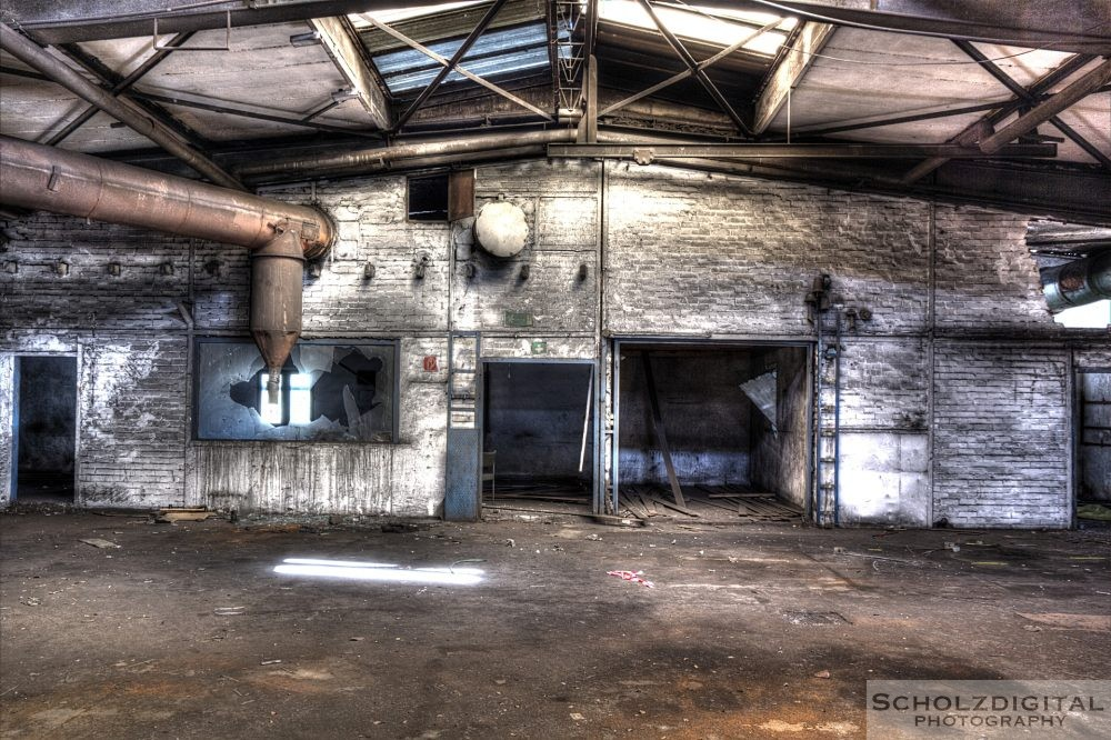 Halle einer alten Produktionsstätte