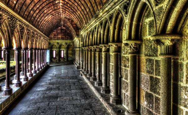 Gewölbe innerhalb der alten Abtei