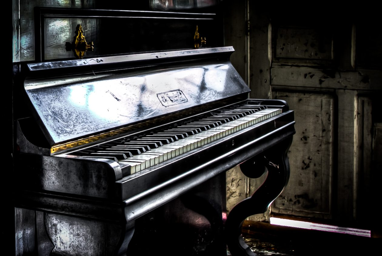 Lost Places Europa - Klavier