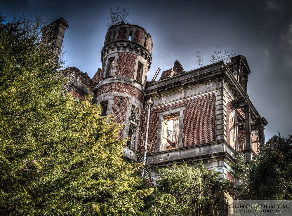 Chateau Haut Bois