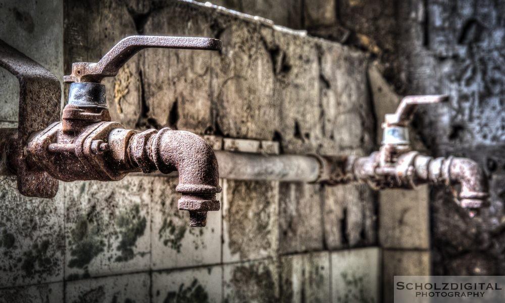 Detail - Wasserhähne in der Waschkaue