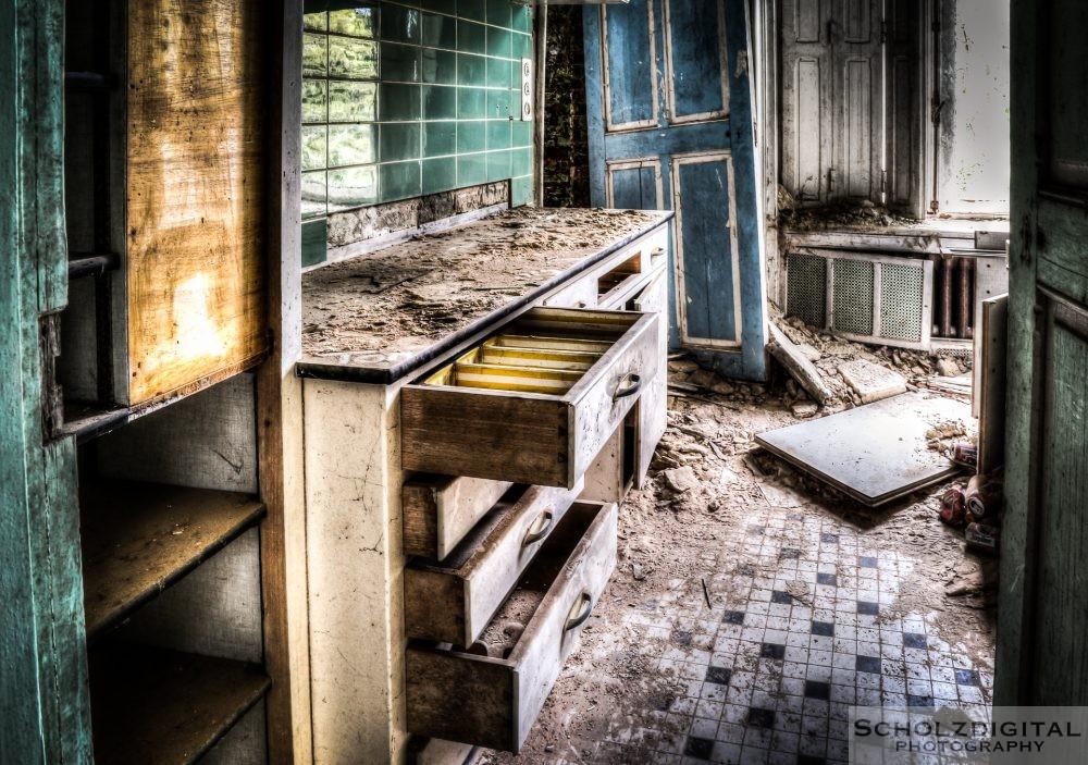 Küche eines ehemaligen Ferienwohnheims