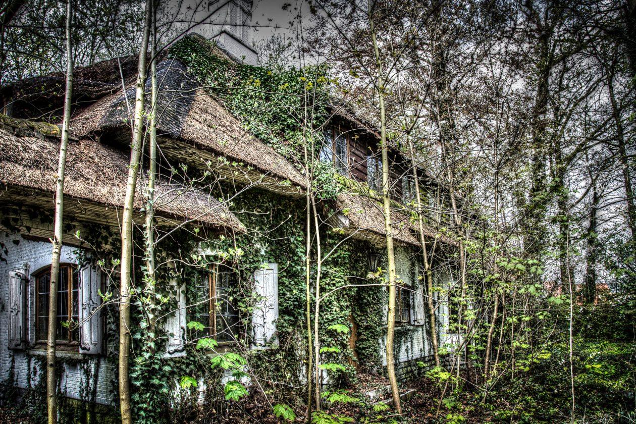 Verlassenes Landhaus