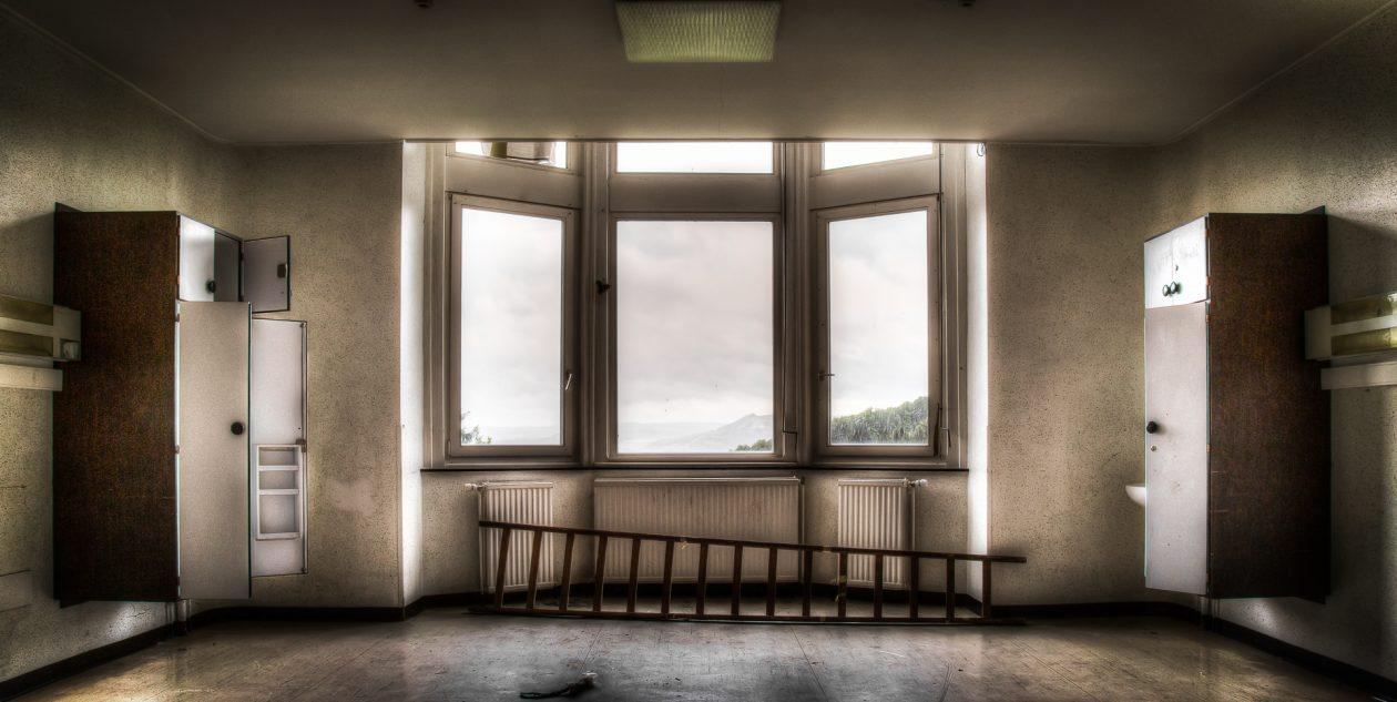 Patientenzimmer mit Blick in die Wallonie