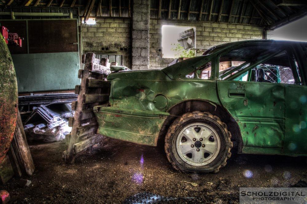 Der Bauer hatte eine Vorliebe für sportliche Touren mit seinem grünen Wagen ...