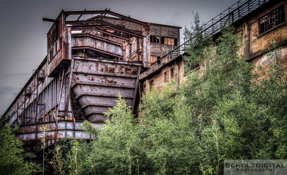 Erzbunker zur Verladung von Eisenerz