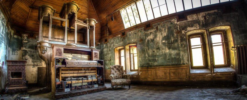 Villa Amelie Lost Place Frankreich