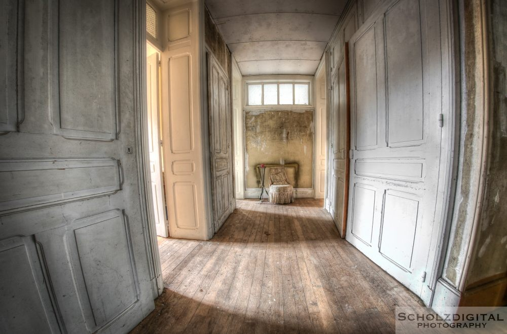 Chateau Banana Lost Place Urbex Frankreich