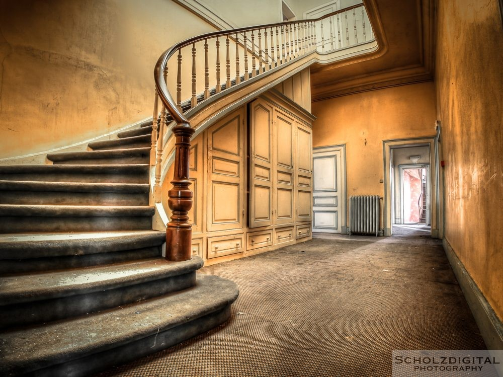 Chateau Cinderella Lost Place Abandoned Belgium Belgien verlassenes Schloss