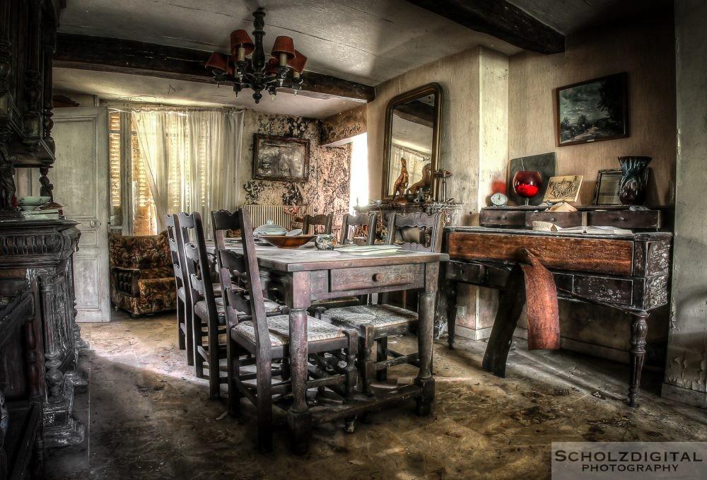 Ferme a la rose - Urbex - Lost Place - Frankreich