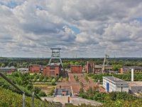 HDR Bild / Aufnahme Blick von der Halde auf das ehemalige Steinkohlebergwerk