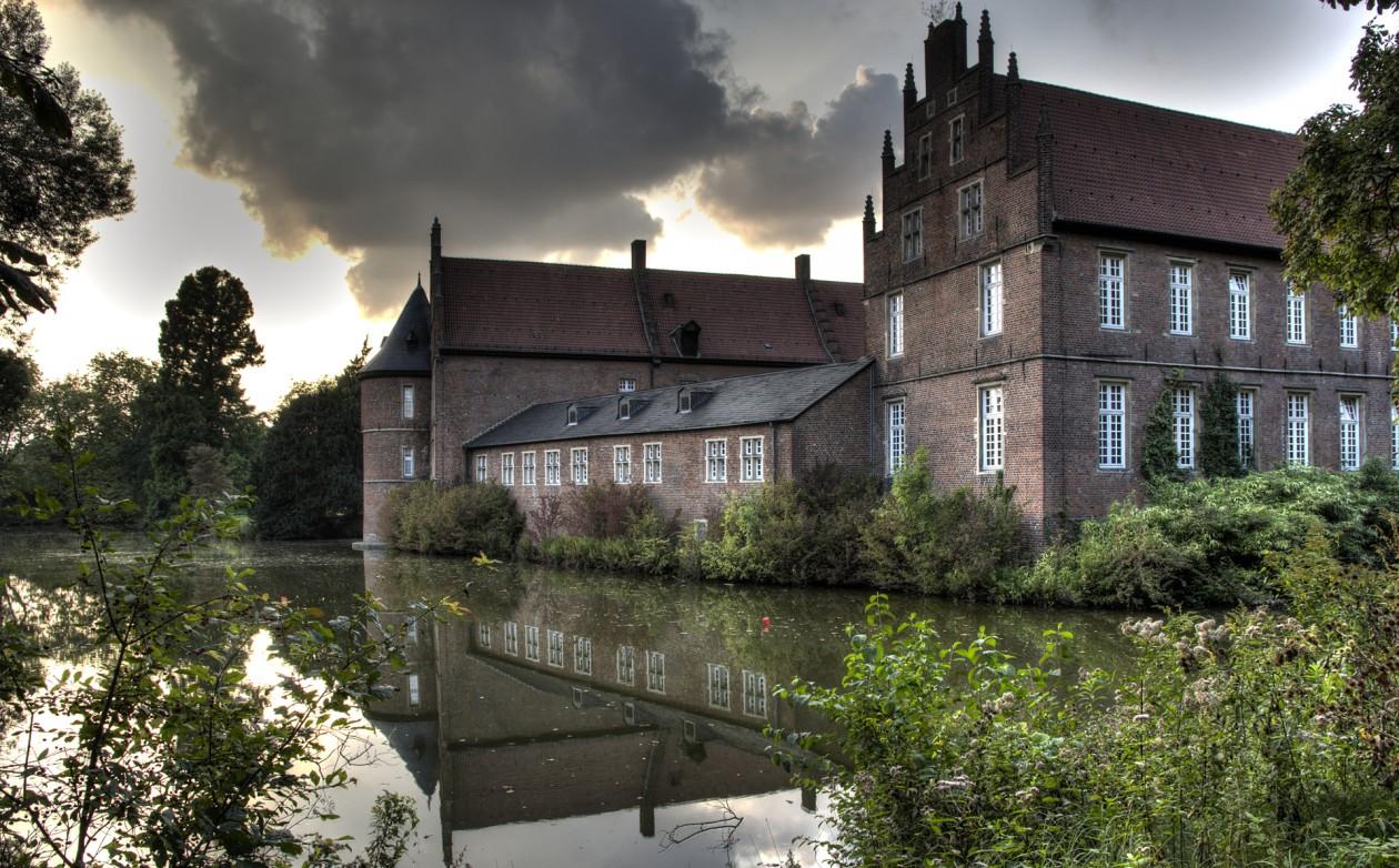 HDR Aufnahme des Schloss Herten
