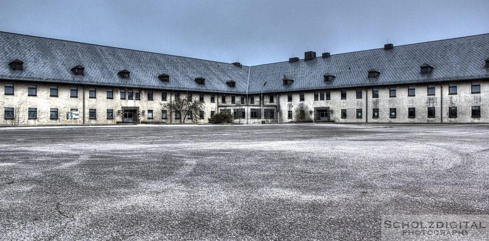 Kaserne van Dooren in der Eifel