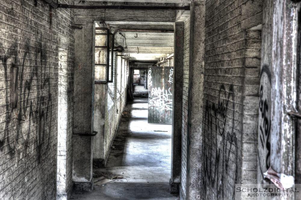 Verlassene Kaserne - Lost Place Fort de la Chartreuse