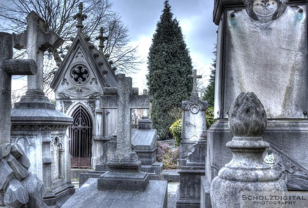 Alter Friedhof im Herzen Europas