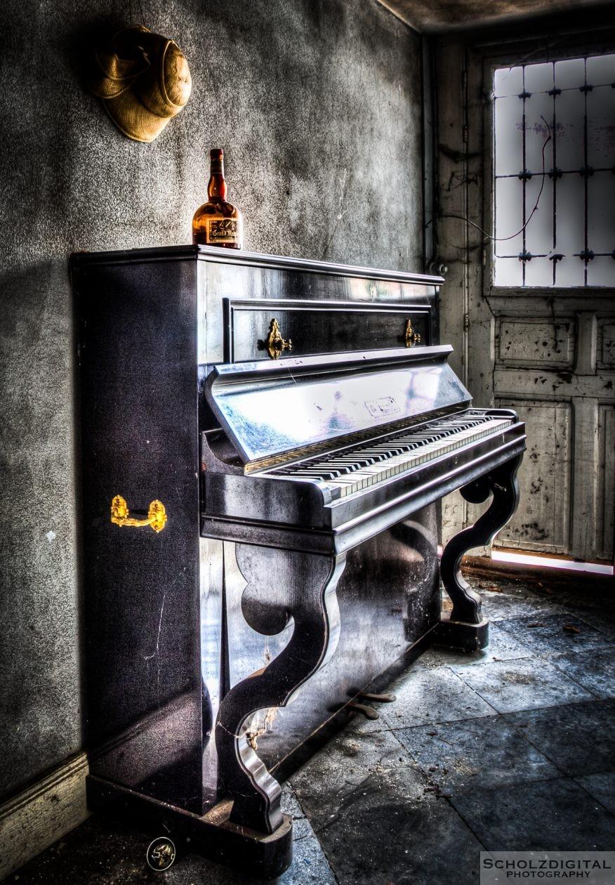Lost Place Klavier