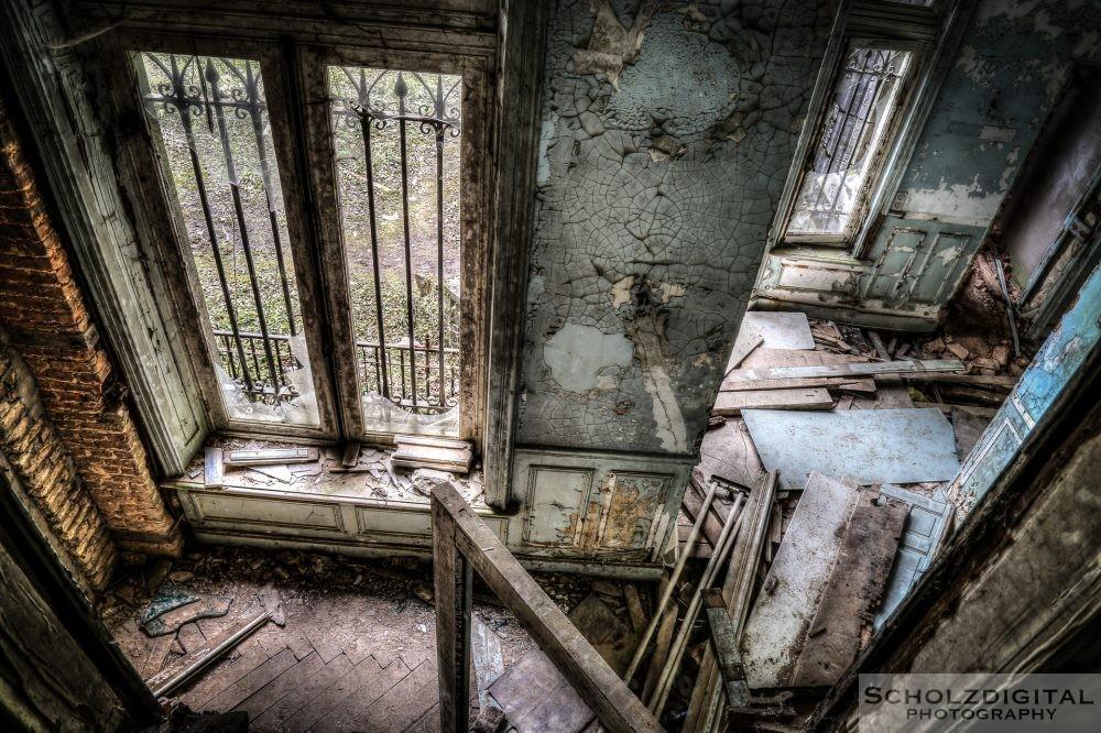 decay - das Gebäude ist sehr marode