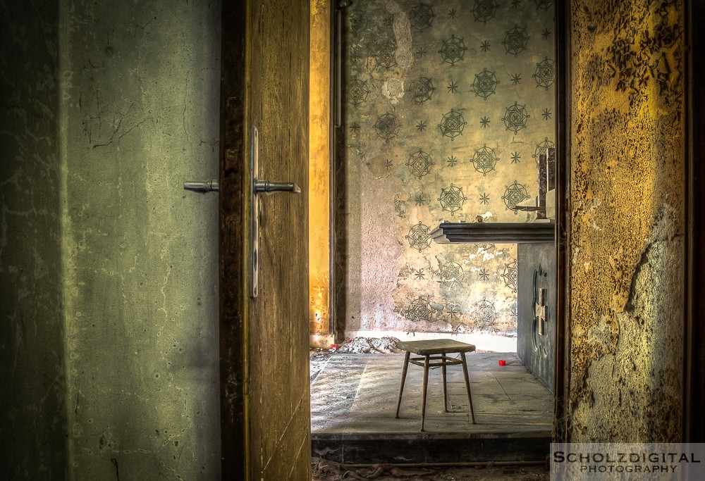 Mono Orphanage / Colonia Montana
