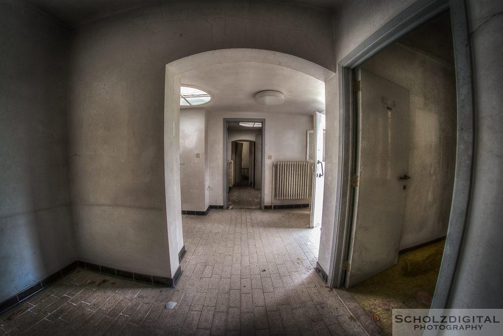 Dentist Maison du Cerf Lost Place Urbex