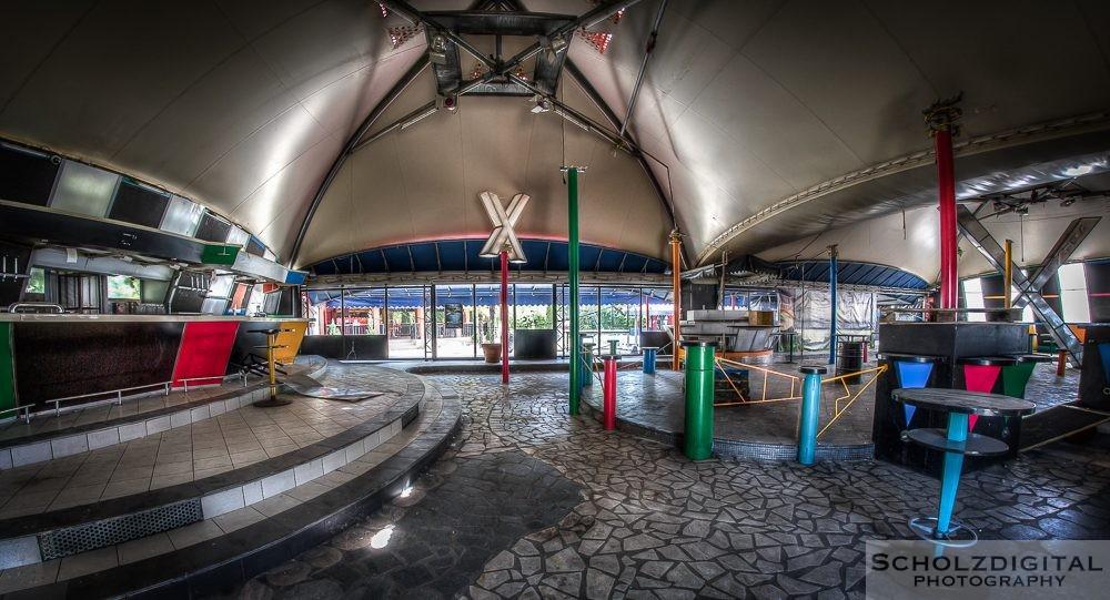 Tent Disco Lost Place - verlassene Orte