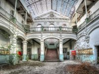 Lycee V - UE - Urban Exploration - Lost Place Belgium