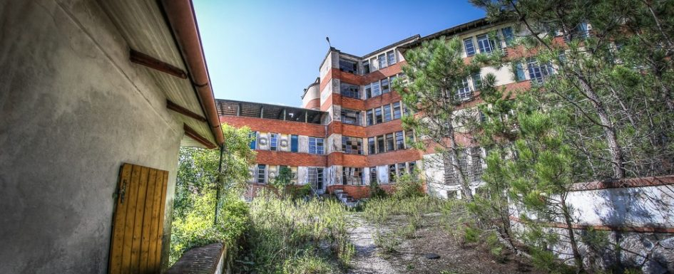 Sanatorio di Arliano - urbex - Lost Place urban exploration