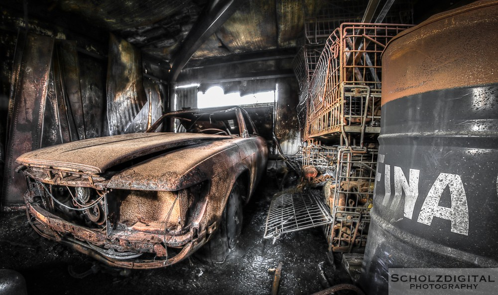 Burned Cars - Lost Place urbex Belgien