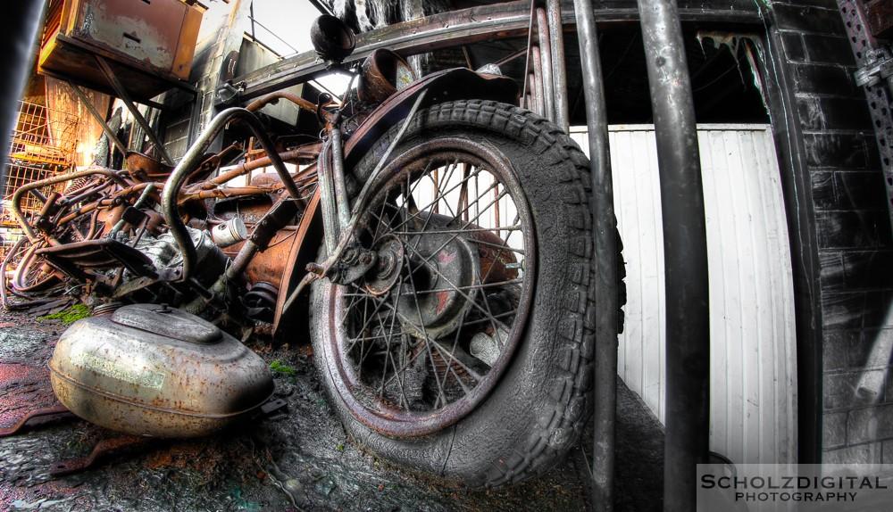 Burned Cars - Lost Place urbex Belgien