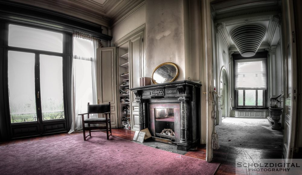 Chateau Ladybug - Lost Place - Belgien