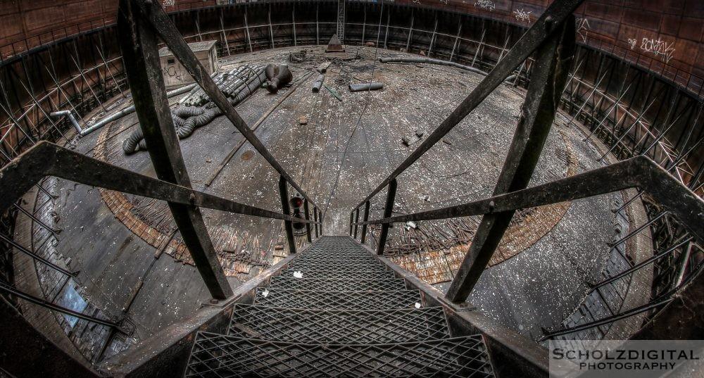 Gasometer Urbex Lost Place verlassener Ort Space Invaders