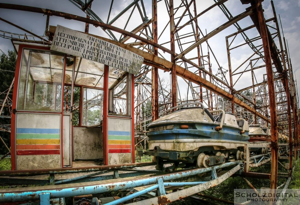 Greenland Milano Mailand Italy urbex lost place abandoned exploring Città Satellite