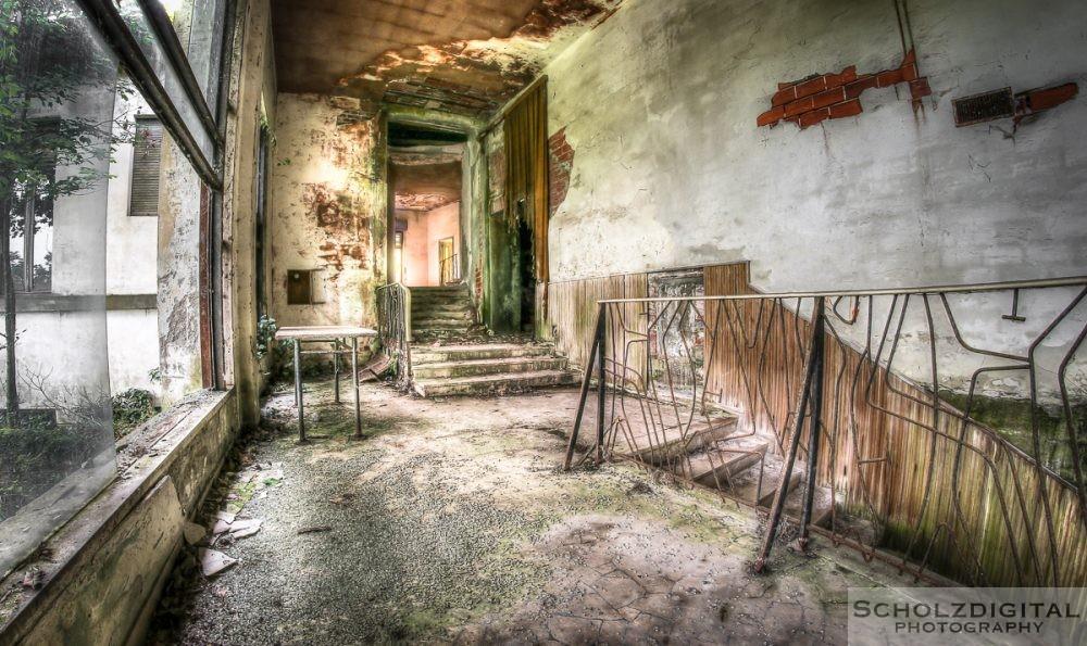 Urbex, Lost Place, HDR, Abandoned, verlassene Orte, verlassen, verlaten, Urban exploration, UE, Italien, Italy, Italia, Milano, rolleer Mosquito Theater, Manicomio