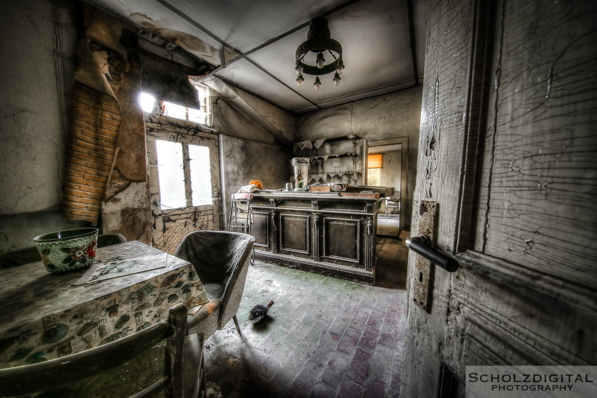 Abandoned, Cafe Flower Valley, HDR, Lost Place, Ost Westfalen, OWL, UE, Urban exploration, Urbex, verlassen, Verlassene Orte, Verlassene Orte in Deutschland, verlaten