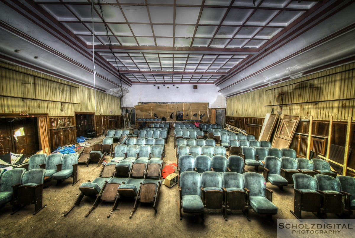 Abandoned, HDR, Hotel Cinema, Lost Place, Ost Westfalen, OWL, UE, Urban exploration, Urbex, verlassen, Verlassene Orte, Verlassene Orte in Deutschland, verlaten