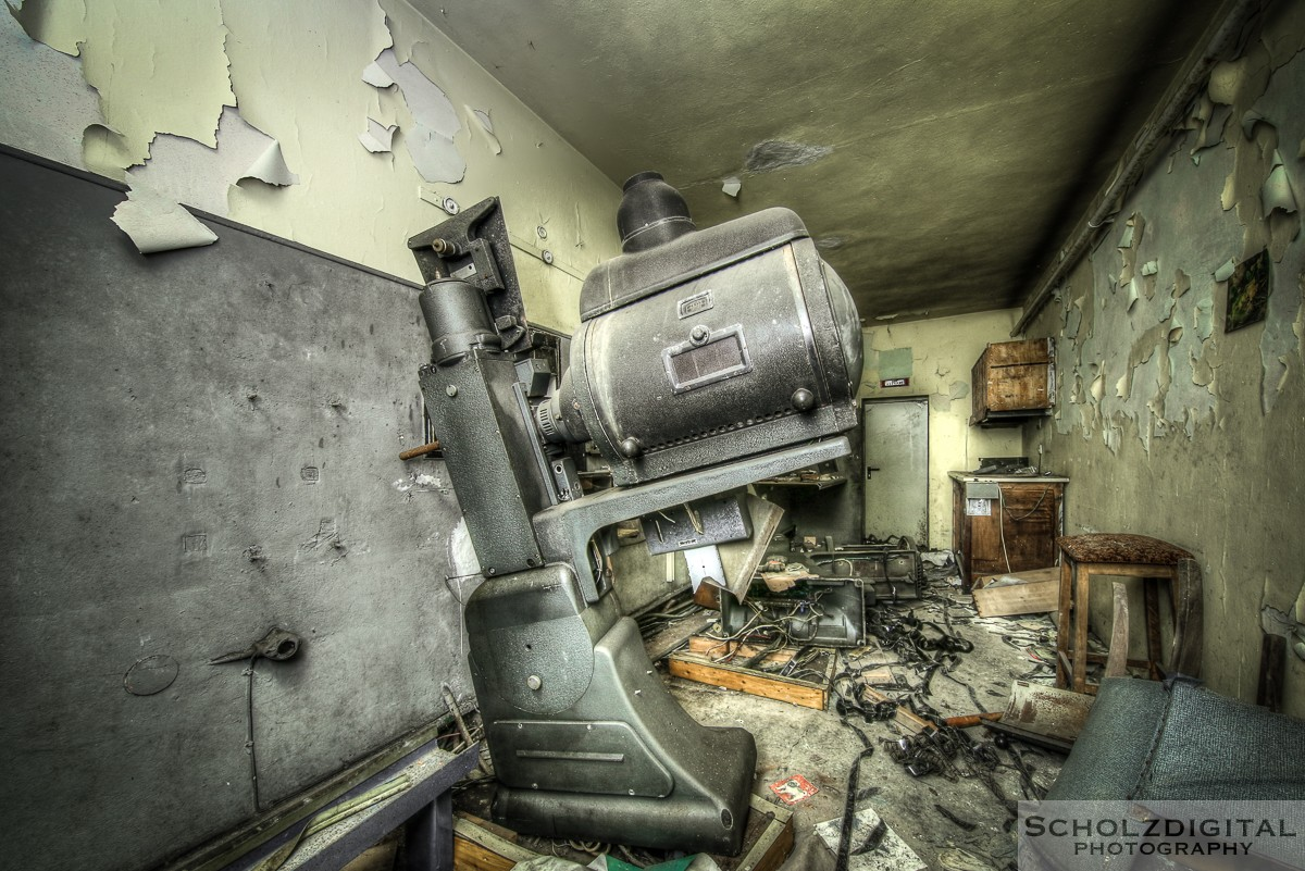 Abandoned, HDR, Hotel Cinema, Lost Place, Ost Westfalen, OWL, UE, Urban exploration, Urbex, verlassen, Verlassene Orte, Verlassene Orte in Deutschland, verlaten, urbex