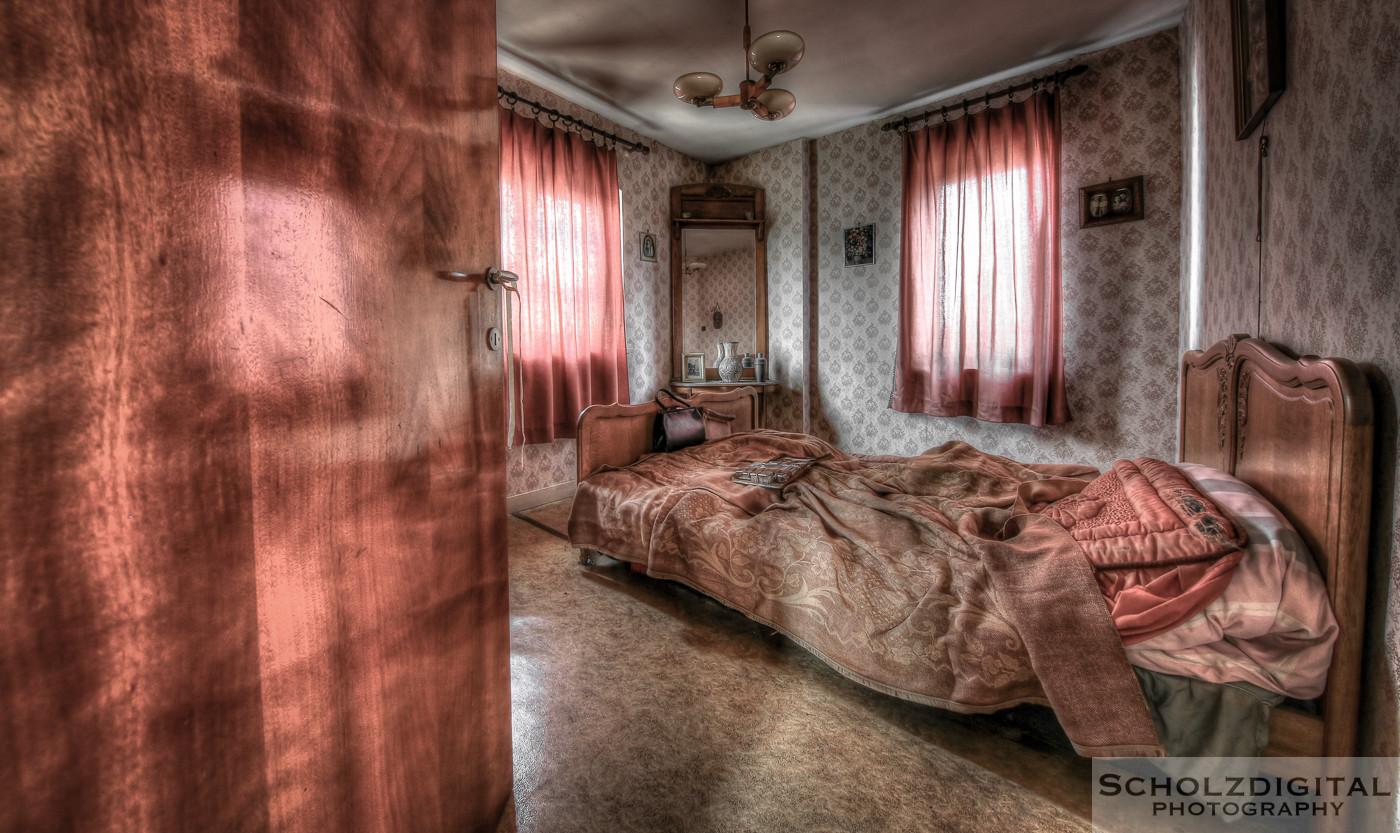 Abandoned, beelden, Decay, forgotten, Lost Place, Lüttich, Maison Police, Belgie, Urban exploration, Urbex, urbexlocatie, verlassen, Verlassene Orte, Wallonie