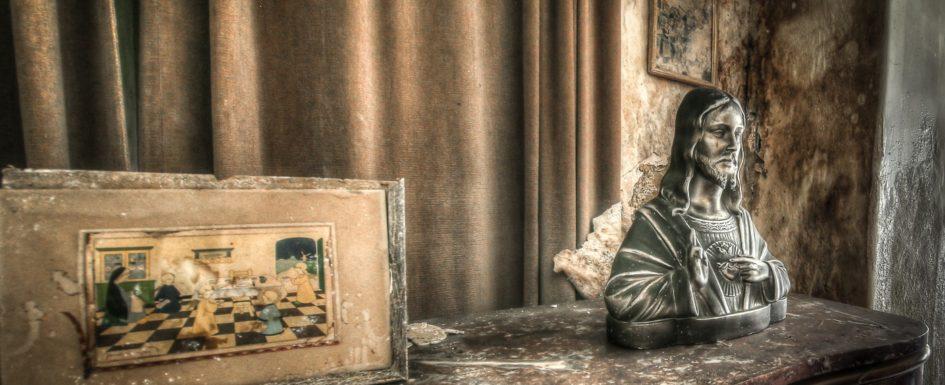 Abandoned, Decay, Lost Place, Urban exploration, Urbex, verlassen, Verlassene Orte, urbexlocatie, beelden, urban exploration, lost place, abandoned, forgotten, Mold Stair House, Belgien, belgie, Belgium, Mold House, Schimmelhaus, Maison, Ferme