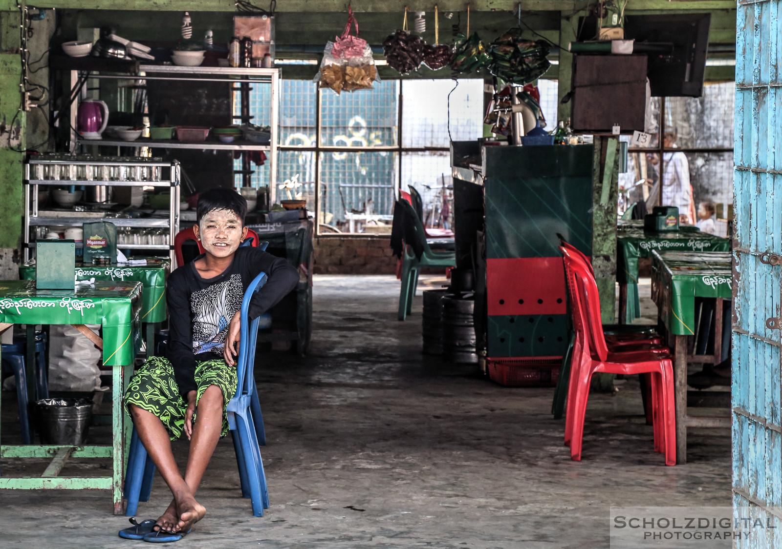 Shop, Myanmar, Travelling,Asia, Bagan, Birma, Burma, Exploring, globetrotter, Boy, Yangon, Southeastasia, Streetphotography, travel, Travelling, travelphotography, Wanderlust