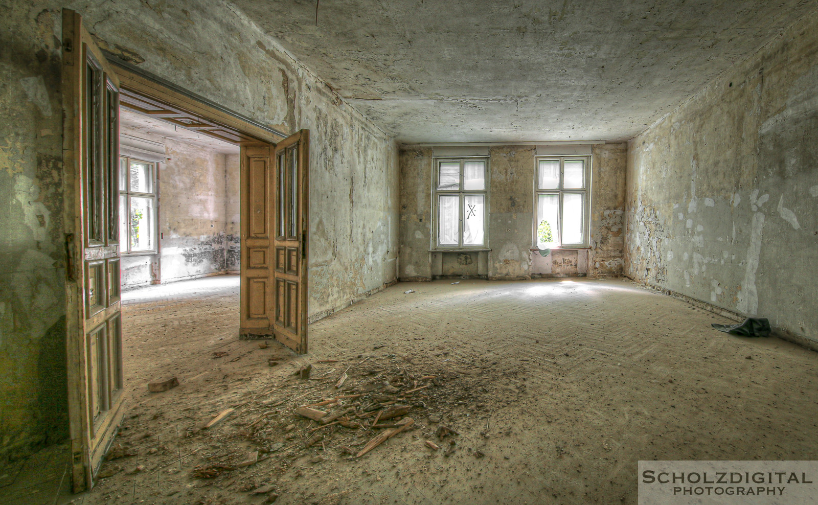 abandoned, Doctor Snuggles, Urbex, Urban exploration, decay, forgotten, lost, Lost Place, Sachsen, urban exploration, urbex, urbexlocatie, verlassen, Villa, Maison
