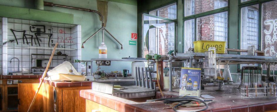 Labor, Tierfutterfabrik, Lost Place, Urbex, Verlassener Ort, Industrie