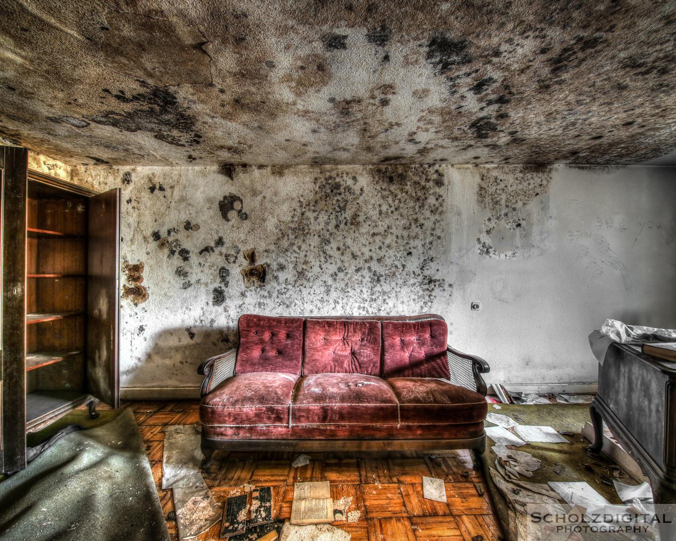 Villa des Direktors - Verfall vom feinsten in diesem Lost Place